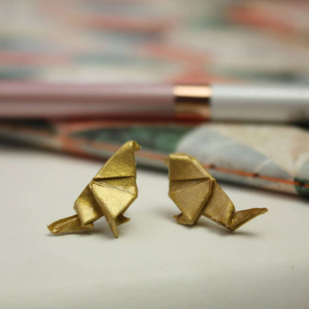 Bird origami earrinngs, in metallic gold, from the origami boutique.