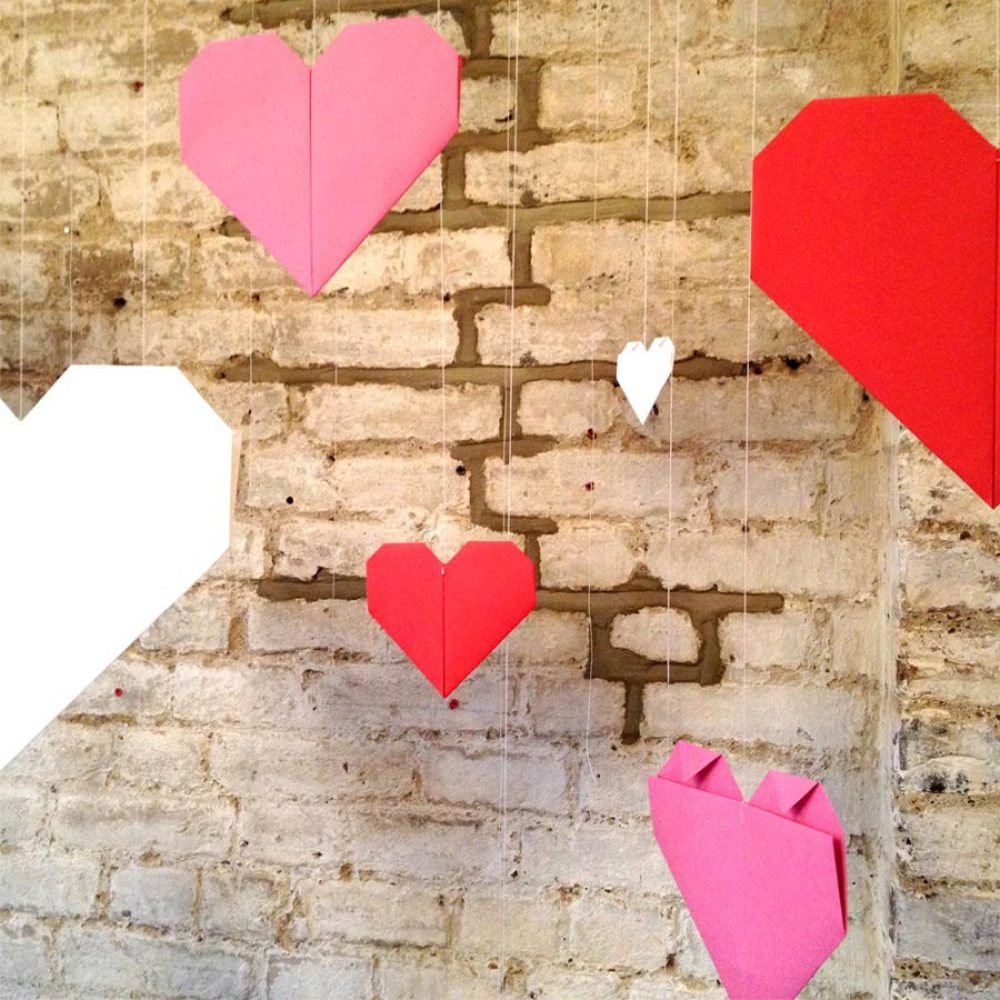 Origami hearts party/wedding backdrop. Handmade in London, by the origami boutique.